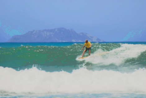 Bob surfing Rincon